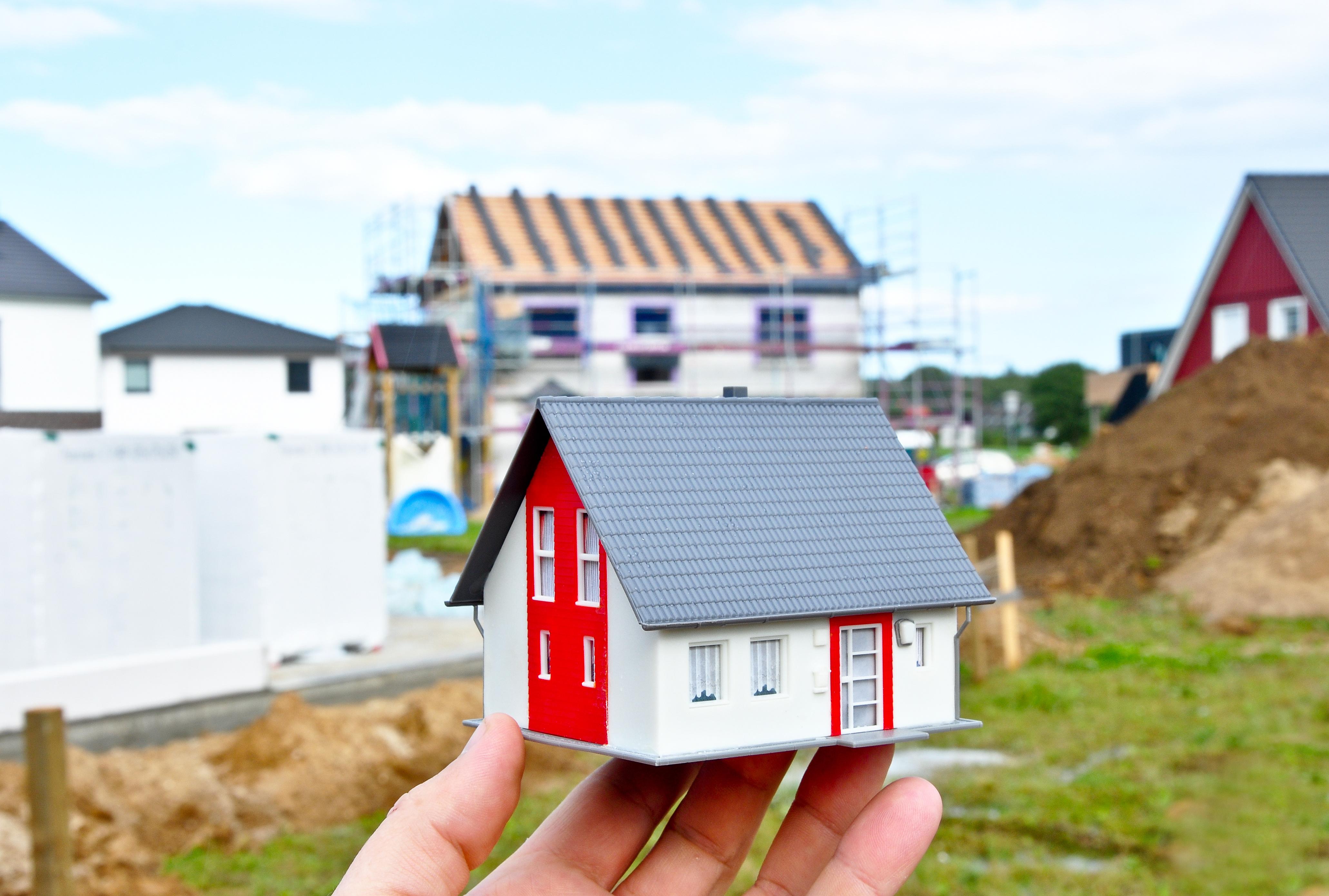 Massivhaus statt Miete: Das Traumhaus steht meistens in kleineren Städten und auf dem Land