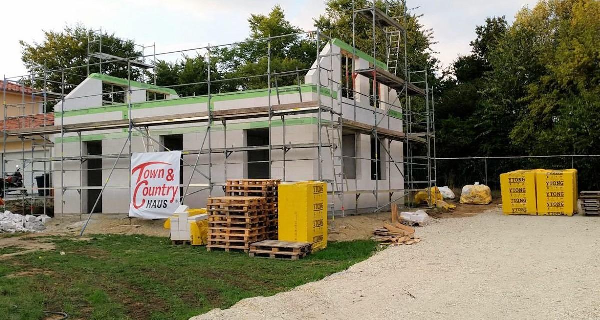 Town & Country Haus: Günstige Aussichten am Hausbaumarkt