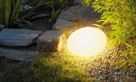 Den neuen Garten im richtigen Licht genießen – Lichtplanung für die Außenanlagen
