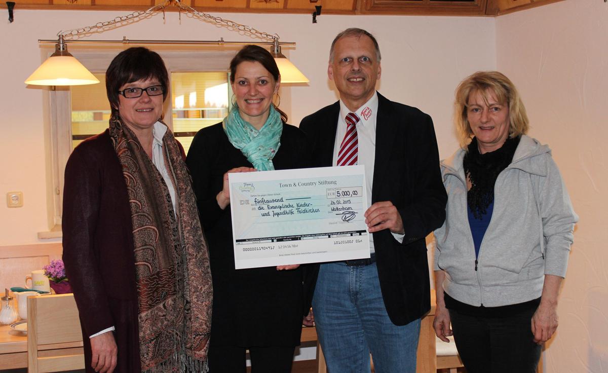 Town & Country Stiftung unterstützt Intensivpädagogische Wohngruppe Wattenham mit 5.000€