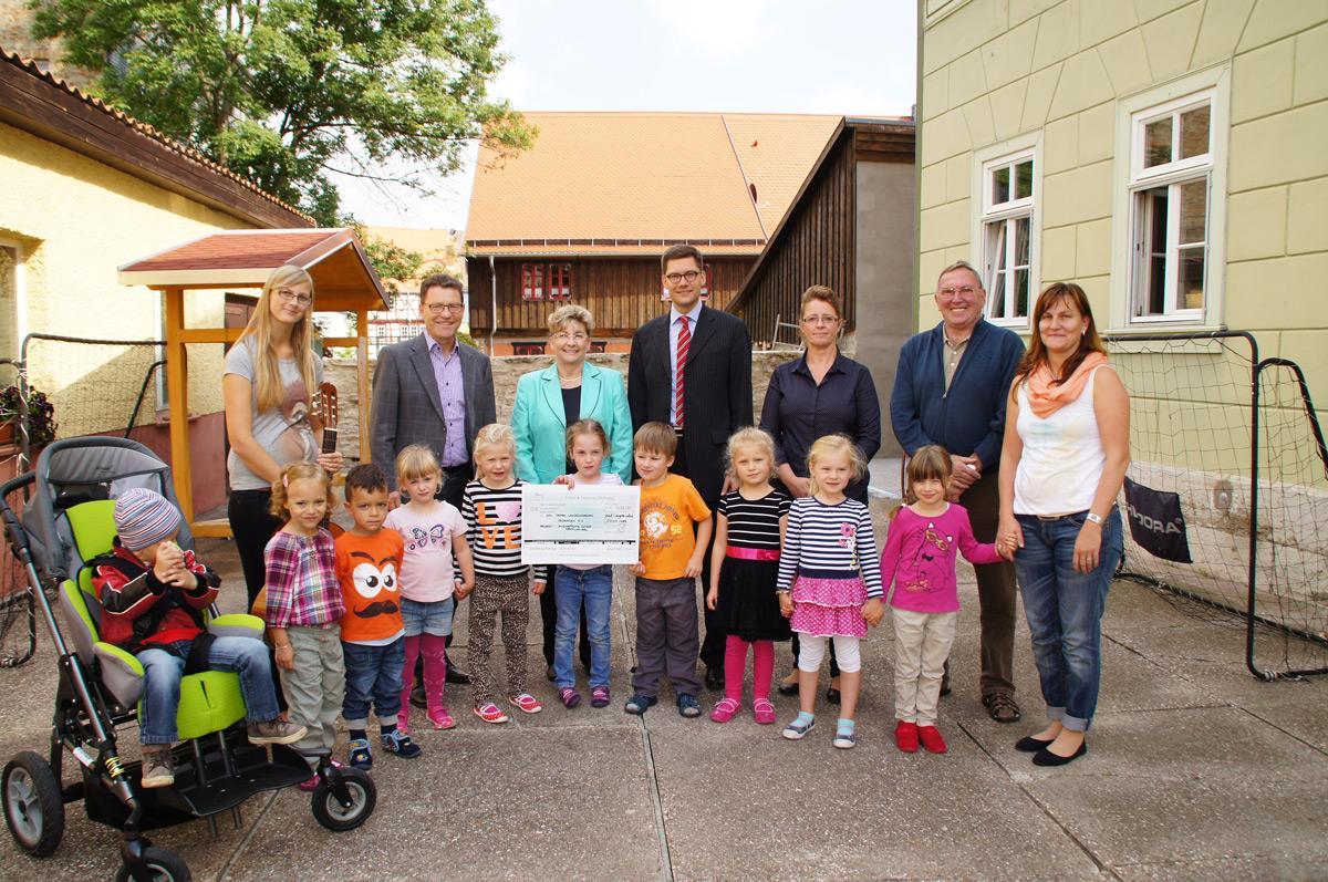 Town & Country Stiftung vergibt 330.000 Euro an gemeinnützige Projekte für benachteiligte Kinder