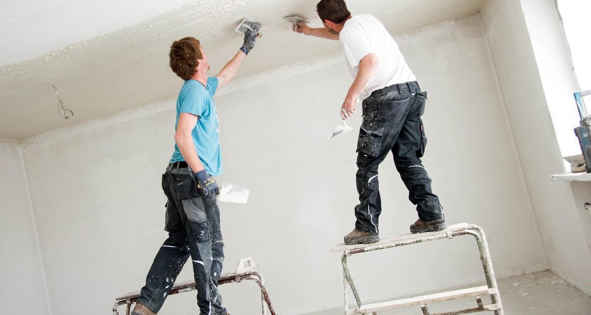 Damit alle Helfer beim Hausbau geschützt sind