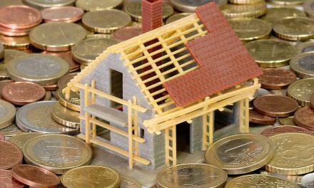 Ratgeber Immobilien: Bauherren sollten Nebenkosten unbedingt im Blick behalten