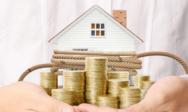 Niedrigzinsen sichern Bauherren günstige Konditionen  & Festzinssatz gibt 30 Jahre Planungssicherheit für monatliche Rate